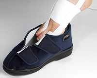Chaussures / Habillement